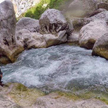 Acqua-trekking alle Gorge du Verdon