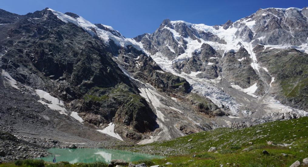 Macugnaga: escursione al Lago delle Locce, camminare a due passi dai ghiacciai del Rosa