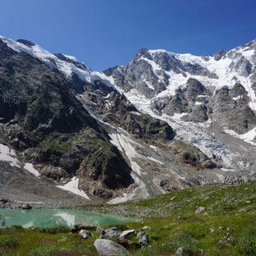 Macugnaga, escursione al Lago delle Locce: camminare a due passi dai ghiacciai del Rosa