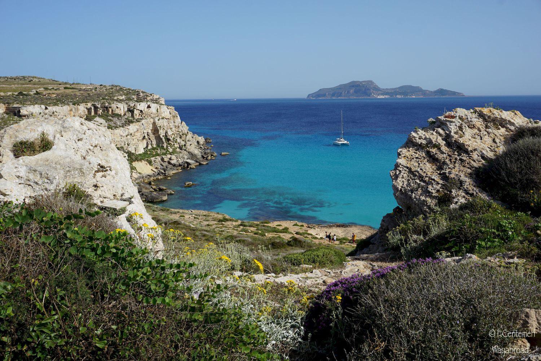 Favignana in 1 giorno: guida alle spiagge più belle dell'isola