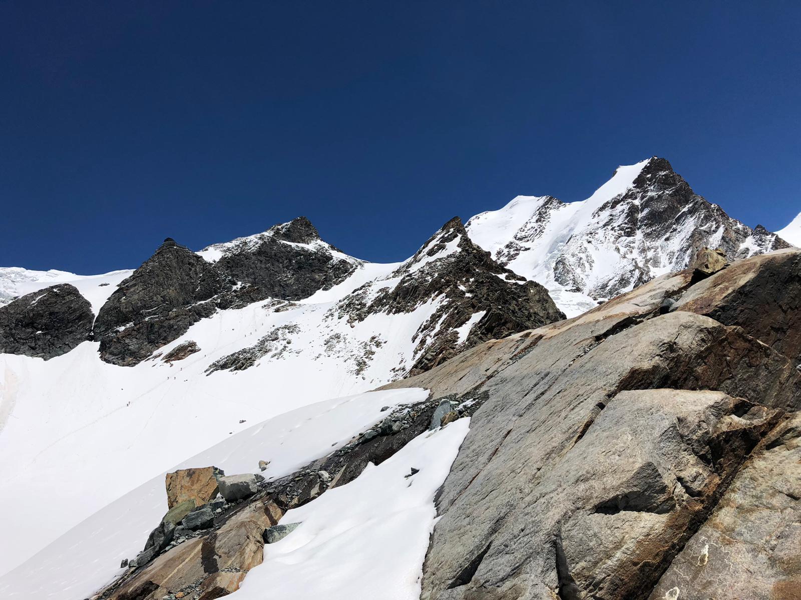 Trekking al Rifugio Mezzalama in Val d'Ayas, ai piedi dei ghiacciai del Monte Rosa